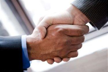 Zawarcie umowy spółek jawnej i komandytowej przy wykorzystaniu wzorca stało się możliwe przez wypełnienie formularza w systemie i opatrzenie go bezpiecznym podpisem elektronicznym weryfikowanym za pomocą kwalifikowanego certyfikatu albo nawet podpisem potwierdzonym profilem zaufanym e-PUAP.
