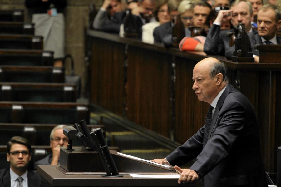 Wicepremier i minister finansow Jan Vincent - Rostowski podczas debaty o nowelizacji ustawy budzetowej