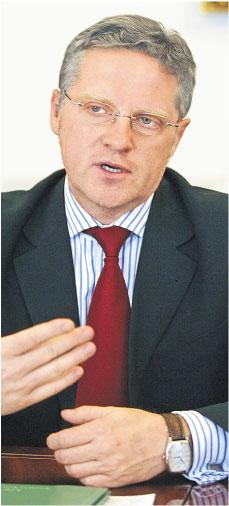 Racja stanu zdecydowała o <strong>funkcji</strong> szefa RPP dla Piotra Wiesiołka