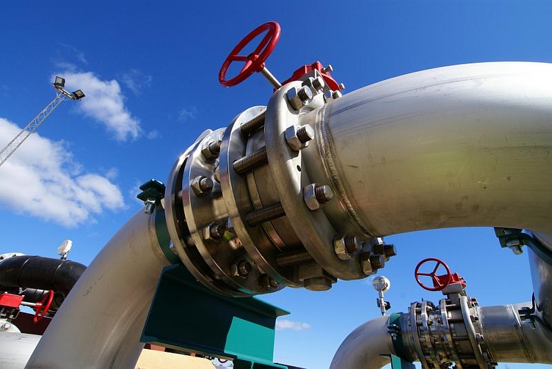 Rząd, planując budowę drugiego rurociągu łączącego Płock z Gdańskiem, wspiera dywersyfikację zakupów ropy, ale ogranicza też ryzyko wstrzymania dostaw do rafinerii w momencie awarii