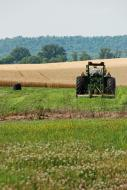 <strong>Zasiłki</strong> rodzinne: liczy się samo posiadanie gospodarstwa rolnego