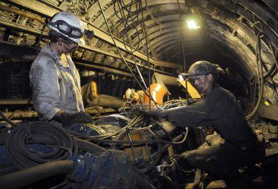 Ponad 2 mld 897,8 mln zł zysku wypracowały w 2011 r. spółki węglowe.