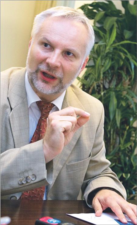 Mediacja prowadzona przez <strong>notariuszy</strong> odciąży polskie sądy