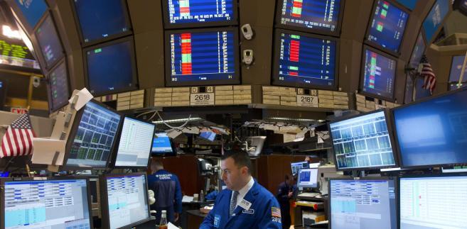 Dominacji trendu spadkowego spodziewa się 32,4 proc. inwestorów
