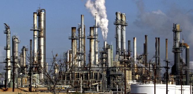 W tym roku ceny ropy naftowej spadły o 7,7 proc.