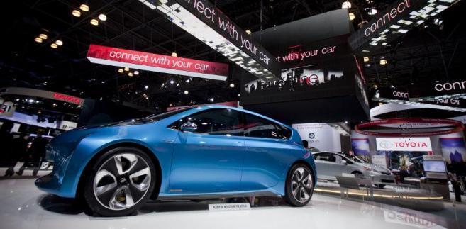 Samochód koncepcyjny Toyota Prius C w wersji hybrydowej na wystawie w New York International Auto Show (NYIAS) w Nowym Jorku, USA.