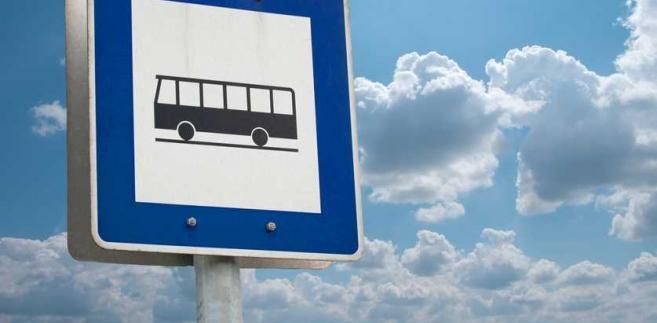 Samorządy, które z roku na rok wydają coraz więcej pieniędzy na dowóz dzieci do szkół już teraz chciałyby mieć możliwość korzystania z łączonego transportu.