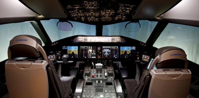 Kokpit pilotów Dreamlinera 787 - fot. Kevin P. Casey/Bloomberg