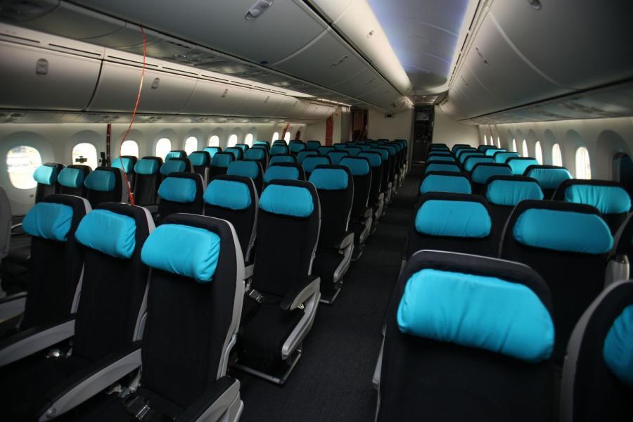 Kabina pasażerska Dreamlinera 787 fot. Simon Dawson/Bloomberg