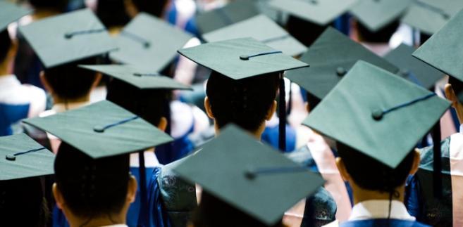Trwają wzmożone kontrole na uczelniach i w firmach szkoleniowych.