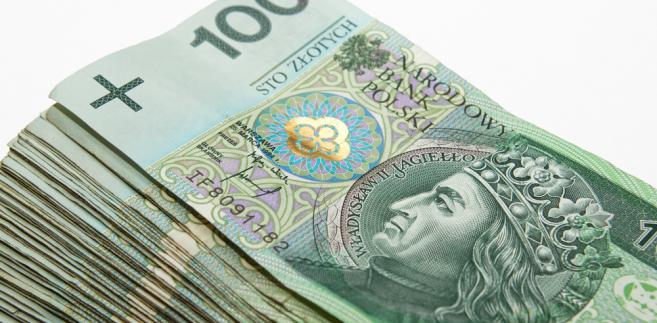 We wtorek część inwestorów zrealizowała zyski z długich pozycji na rynku eurodolara.