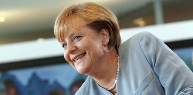 """Jak podkreśla """"SZ"""", Merkel stworzyła """"czteropunktowy katalog"""", który, jeżeli zaakceptują go europejscy partnerzy Niemiec, spełni oczekiwania na głęboką reformę UE."""