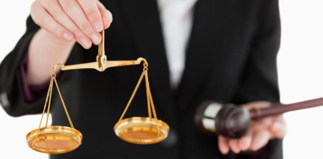 Nad przepisami o przenoszeniu sędziów TK będzie się pochylał już po raz trzeci. Poprzednie postępowania zainicjowali SN oraz sędzia Grzegorz Barnak.