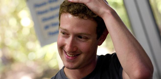 """Aby wrócić do """"40"""" Bloomberga, Zuckerberg potrzebuje minimum 800 milionów dolarów"""