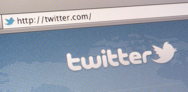 Czołowa rosyjska wyszukiwarka internetowa Yandex poinformowała we wtorek o nawiązaniu współpracy z Twitterem.