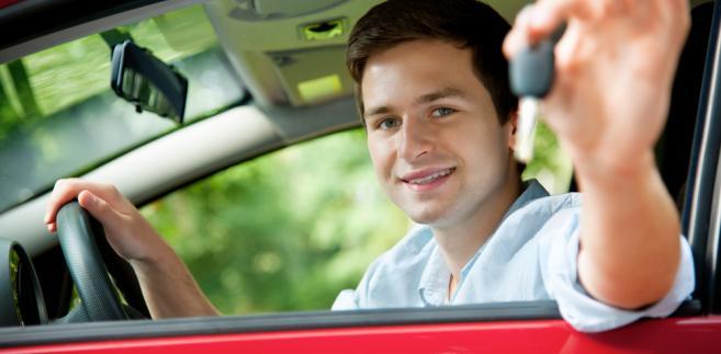 Nowy egzamin nie zaskoczy przyszłych kierowców w 2013 r.