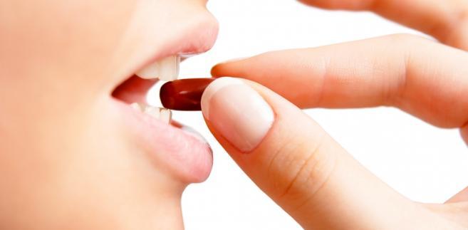 Prawo do zakup tabletki powinny mieć pełnoletnie kobiety