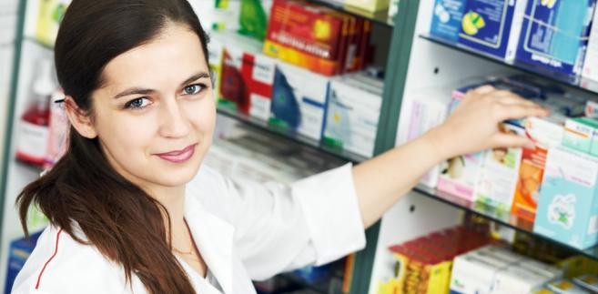 Klasyfikacja suplementów jako wyrobu alkoholowego oznacza, że problem mogą mieć zarówno ich producenci, jak i sprzedające te wyroby apteki.