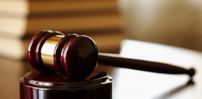 Co zrobić w sytuacji, gdy strona narusza powagę sądu czy ubliża sądowi w piśmie złożonym do akt w toku postępowania