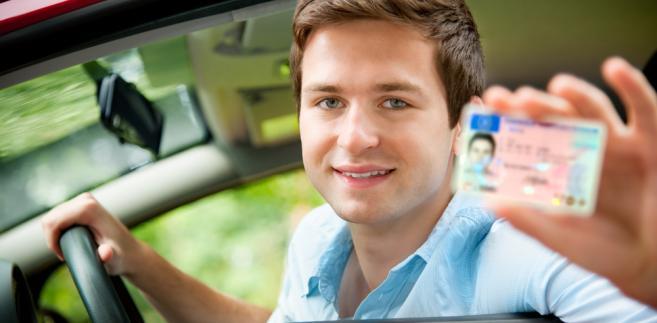 Na każdym nowym prawie jazdy będzie zamieszczana data wydania dokumentu, jak i dzień i rok, do którego jest on ważny