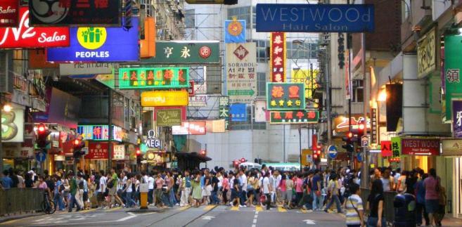Jeszcze w ubiegłym roku stragany na ulicach chińskich miast wypełnione były podrabianymi ubraniami, torebkami i zegarkami.