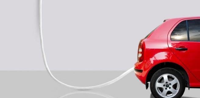 Miłośnicy wodoru zapominają przy tym o innych wadach tych pojazdów. Przede wszystkim ogniwa wodorowe zużywają się tak samo jak baterie i ich wydajność wraz z upływem czasu spada.