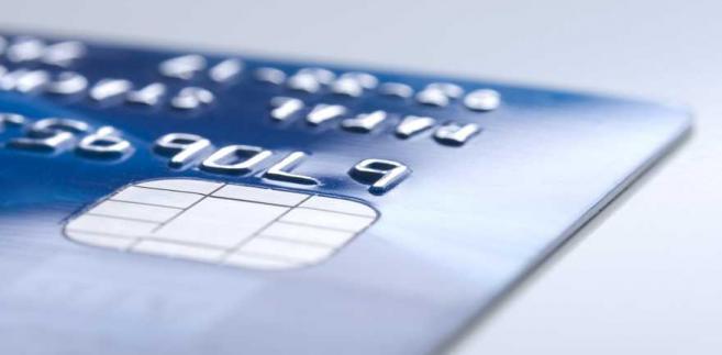 W Ministerstwie Przedsiębiorczości i Technologii powstaje prawo, by płacić kartą można było tam, gdzie jest kasa fiskalna
