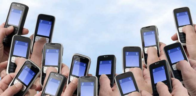 Zmiany mają m.in. zapewnić lepszą ochronę konsumentów przed nieuczciwymi praktykami i nadużyciami związanymi m.in. z usługami tzw. Premium Rate czyli drogimi, dodatkowo płatnymi sms-ami