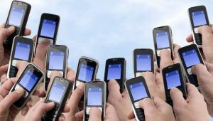 Na koniec 2011 roku we wszystkich sieciach w Polsce działało ponad 50,7 mln kart SIM