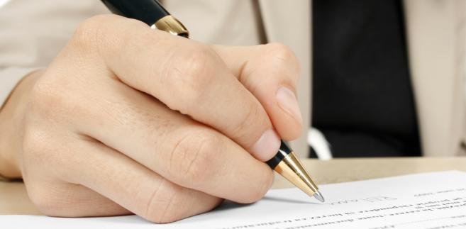 Zgodnie z nowymi przepisami dochody z kontrolowanych spółek zagranicznych mają być opodatkowane w Polsce, jeżeli firma krajowa miałaby w podmiocie zagranicznym ponad 25 proc. udziałów.