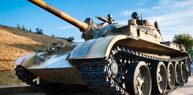 Jest się o co bić. Z danych MON wynika, że w ciągu roku wartość zamówień dla wojska to 7 mld zł, z tego na zakup sprzętu i uzbrojenia aż 5,6 mld zł.