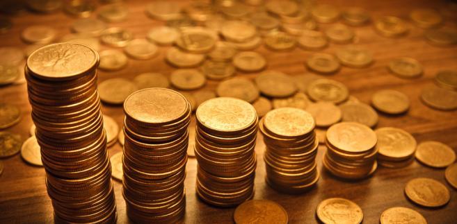 W ciągu dnia polska waluta traciła, według analityków w związku z sytuacją na rynkach globalnych.