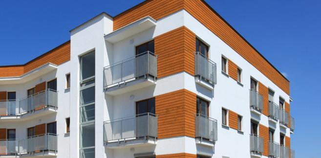 Wspólnota mieszkaniowa może podejmować decyzje tylko w sprawach dotyczących zarządu nieruchomością wspólną w granicach zakreślonych prawem.