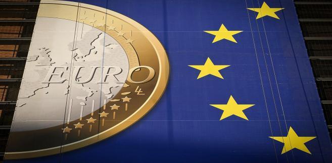 Powodem do pogorszenia nastrojów były szeroko opisywane w ostatnich komentarzach obawy o Grecję w kontekście kluczowego dla tego kraju głosowania nad pakietem oszczędnościowym.