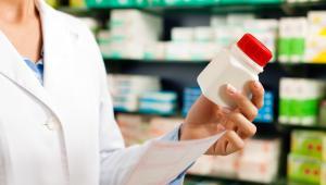"""""""Apteka dla aptekarza"""" polegać będzie na tym, że nowe placówki będą mogły zakładać wyłącznie osoby z wykształceniem farmaceutycznym lub spółki osobowe, których wspólnikami będą farmaceuci."""