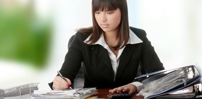 Jeśli sprzedawca wystawia na kwotę premii faktury korygujące, obniża tym samym swój przychód, a nabywca – koszt.