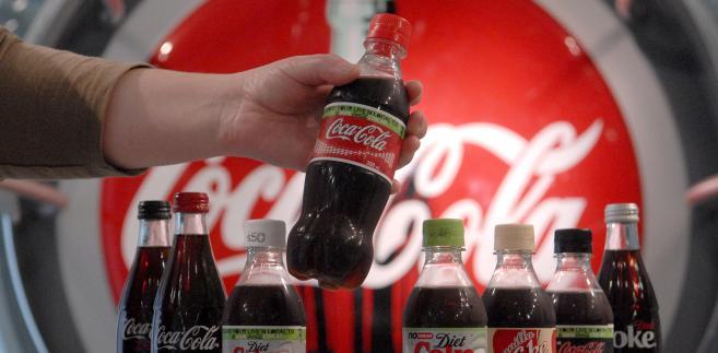 Coca-Cola przedstawiła badania potwierdzające, że zgłaszany przez nią kształt jest na tyle charakterystyczny, że większość konsumentów jest w stanie go odróżnić