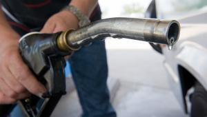 Dla wielu analityków, a także koncernów motoryzacyjnych, nagły odwrót kierowców od oleju napędowego jest niemałym szokiem