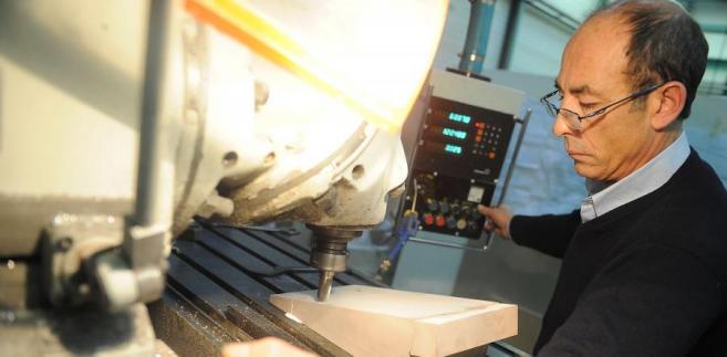 Produkcja przemysłowa w strefie euro w grudniu 2011 r. spadła o 1,1 proc. licząc miesiąc do miesiąca.