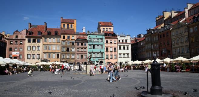 Organizatorem Międzynarodowego Plenerowego Festiwalu Jazz na Starówce jest Fundacja Jazz Art., a partnerami Austriackie Forum Kultury, Ambasada Włoch, Włoski Instytut Kultury. Koncerty odbywają się w każdą sobotę lata - do końca sierpnia 2018 r.