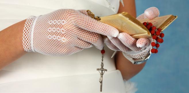 Pieniądze i prezenty rzeczowe otrzymane z okazji komunii, urodzin, osiemnastki, ślubu są przysporzeniem majątkowym