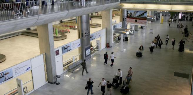 O ubezpieczeniu społecznym stewardesy zdecyduje port macierzysty.