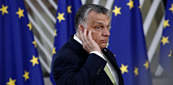 Kurza i Orbána miała połączyć wrogość do Sorosa.