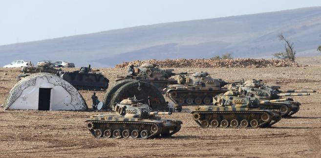 Obecnie w Polsce stacjonuje ok. 4 tys. amerykańskich żołnierzy, którzy są częścią sił NATO rozmieszczonych na wschodniej flance Sojuszu.