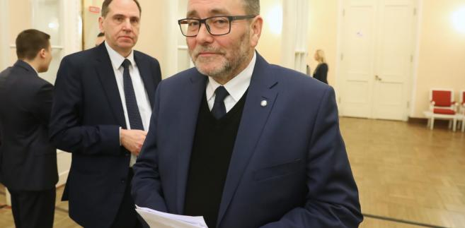 Radni PiS: Dariusz Figura (2L), Cezary Jurkiewicz (P) podczas obrad Rady Warszawy.