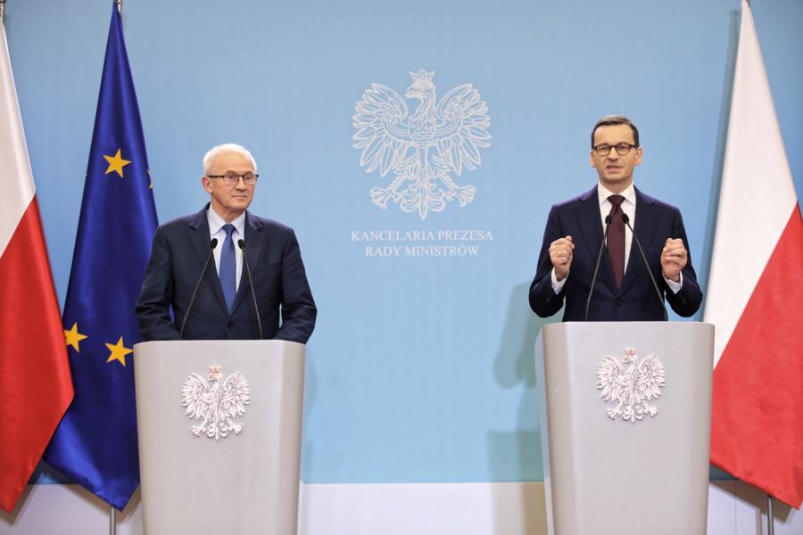 Premier Mateusz Morawiecki i minister energii Krzysztof Tchórzewski