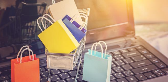 zakupy Kara dla Guess to również bezpośrednie następstwo badania sektora e-handlu, jakie KE prowadziła w latach 2015‒2017 jako część szerszej strategii UE zmierzającej do utworzenia jednolitego rynku cyfrowego w Europie