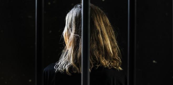 O uwzględnieniu przez sąd wniosku prokuratury o zastosowanie wobec kobiety trzymiesięcznego aresztu poinformowała PAP rzeczniczka Prokuratury Okręgowej we Wrocławiu prok. Małgorzata Klaus.