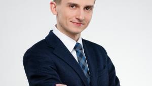 Michał Starczewski, aplikant radcowski w Kancelarii BWHS Bartkowiak Wojciechowski Hałupczak Springer, członek zespołu Platformy Otwartej Nauki w Interdyscyplinarnym Centrum Modelowania Matematycznego i Komputerowego UW