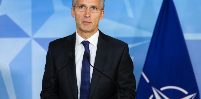 Stoltenberg: Unia Europejska nie może zastąpić NATO w obronie Europy